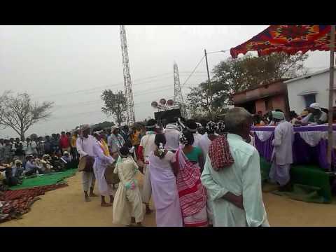 Video Mundari song Kutu khati munda ko download in MP3, 3GP, MP4, WEBM, AVI, FLV January 2017