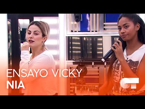 "NIA ensaya ""RUN THE WORLD (GIRLS)"" con VICKY GÓMEZ (12F) | OT 2020"