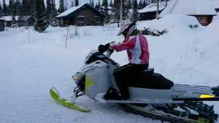 7. Ski-doo 2014 freeride 146 800 E-tec wife first testdrive
