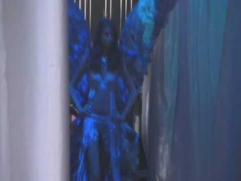 Victoria's Secret - Fashion Show - 07 Highlights - Part 1