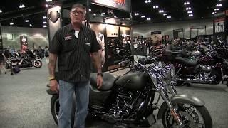 2. 2018 Harley Davidson Freewheeler in Industrial Gray