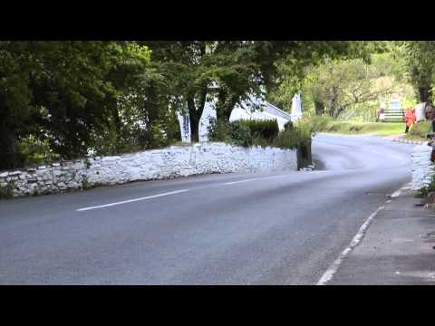 Isle Of Man TT 2011.Barregarrow Flyby