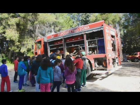 Δεντροφύτευση από μαθητές στο λόφο Ασπίδος στο Άργος