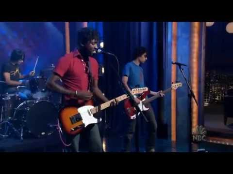 Bloc Party - Banquet [Live On Conan 2005]