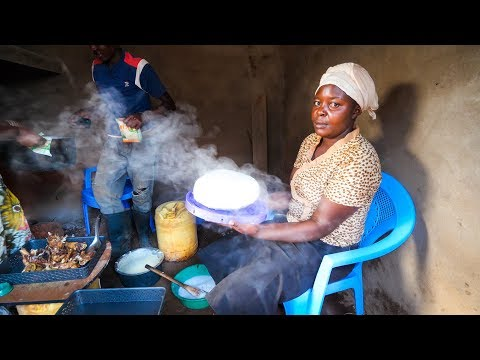Village Food in East Africa - FREE-RANGE KFC (Kenya FRIED CHICKEN) Kenyan Food in Machakos!