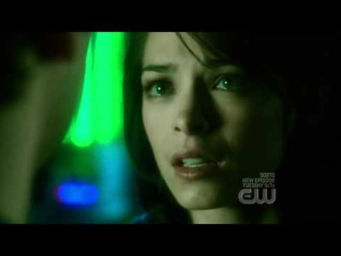 Lana absorbs Kryptonite and sacrifices relationship w/ Clark [HQ]