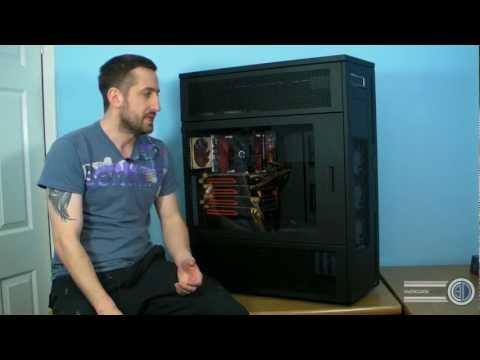 全世界體積最大的個人電腦機殼!