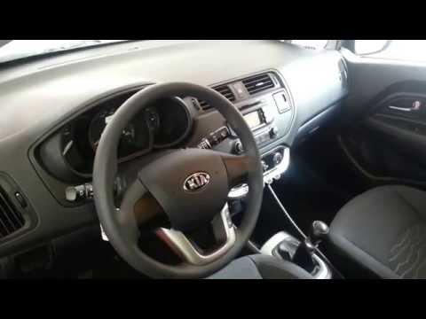 Interior Kia Rio Spice 2014 video review Caracteristicas versión Colombia