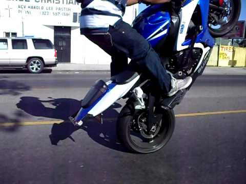 Sonix Wheelie Before Getting Chase by A Cops