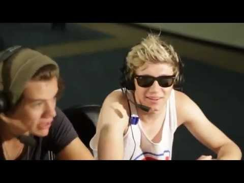 Harry Styles and Niall Horan Interview – The Bert Show (Full)