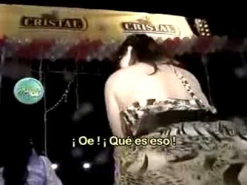 Malú Costa en concierto de Fresialinda se dejó ver el calzón 11/07/2011