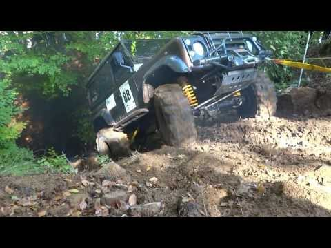 land rover defender 90 extreme offroad trial race