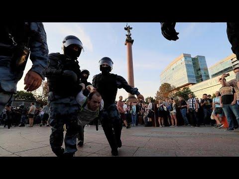 Ρωσία: Συνελήφθησαν 1000 διαδηλωτές στην Μόσχα