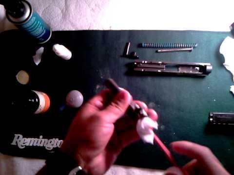 pistola 9 milimetros - Amigos en esta ocasion voy a limpiar la pistola CZ P-07 Duty 9 mm. La limpieza es basica y espero que el tiempo lo permita, Fuera de camara es algo que me gu...