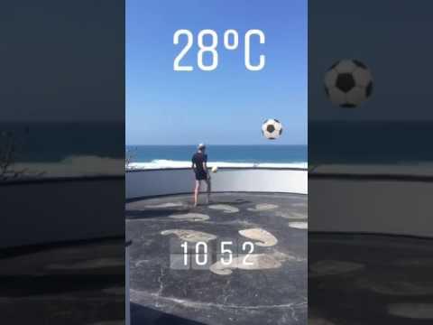 Heurtaux palleggi a Bali: sfida a Neymar!