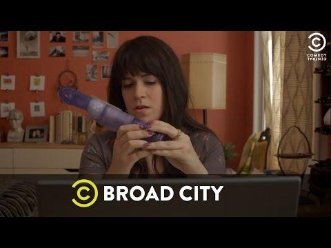Broad City - Un Trío Telefónico