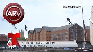Pilotos de combate hicieron maniobras con traje volador | Al Rojo Vivo