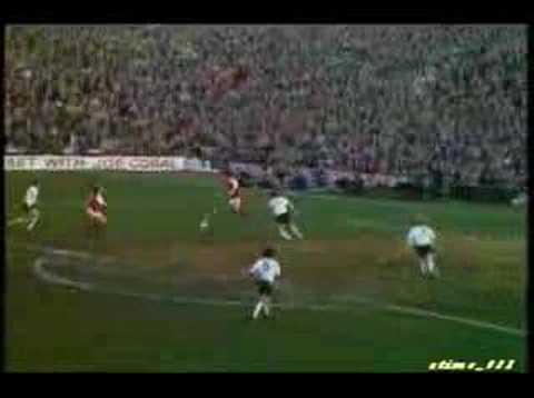 """Alan Ball in """"501 Arsenal Goals"""""""