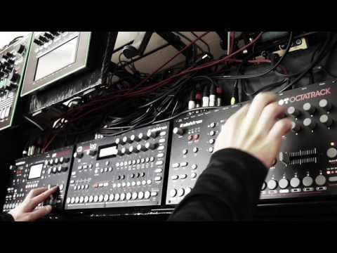 DL - Minimal Techno Live Set 2017 #14