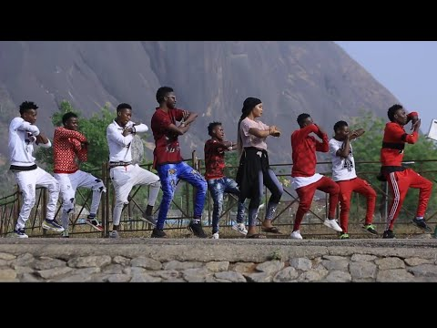 Ana Tare Songs --- misbahu Aka Anfara Ft Momee Niger (Original Video 2020)