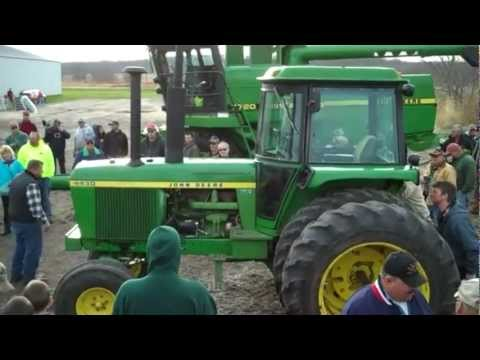 4430 - Machinery Pete offers video highlights of Bob & June Schutz farm auction November 12, 2011 in Argyle, WI. A JD 7000 6-row planter sells for near record high ...