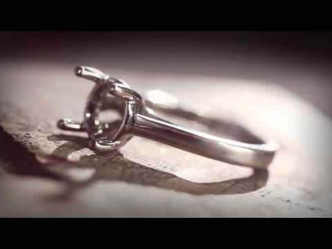 Blue Nile | Jewelry Education, Platinum