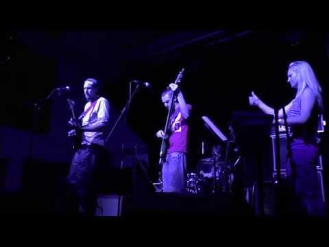 'Textures' live at Anglia Ruskin University - April Blue (видео)