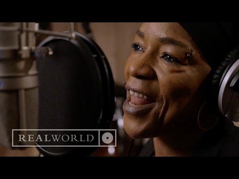 Les Amazones d'Afrique - I Play The Kora (feat. Rokia Koné, Mamani Keita, Nneka)