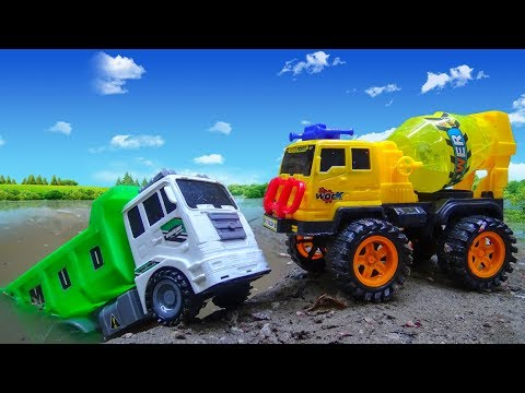 Trucks and concrete mixers crashed into the lake A274V - Car Toys