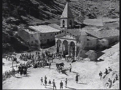 Dal film DESIDERIO di Roberto Rossellini, 1943/1945.