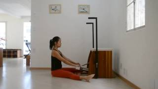 Variação do Spine Stretch na Cadeira