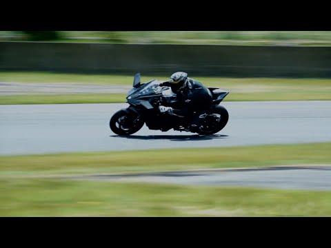Vídeos de 'Vídeo: ¡la Kawasaki Ninja H2R en acción!'