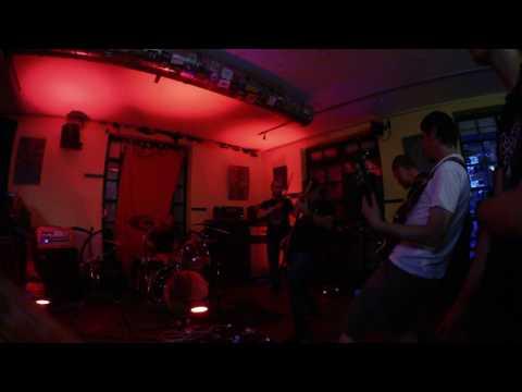 Tengri - Tengri - live Café na půl cesty ( 11.7.2017 )