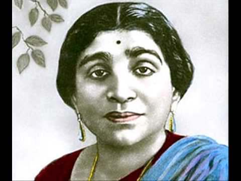 essay on sarojini naidu in hindi