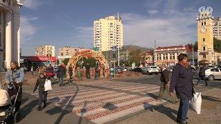"""У середмісті Хмельницького """"виросла"""" інсталяція"""