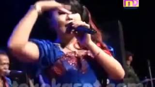 Download Lagu Mendem Kangen Wiwik Sagita Monata Live Sukodono 2014 Mp3