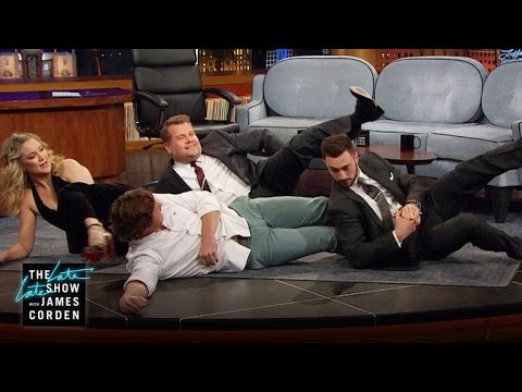 Staying Fit w/ Anders Holm, Aaron Taylor-Johnson & Kate Hudson (видео)
