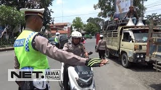 Video Polisi Berhentikan Polisi saat Operasi - NET JATENG MP3, 3GP, MP4, WEBM, AVI, FLV April 2019