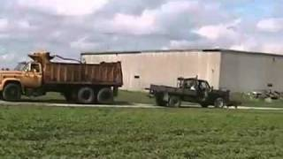 Davidsfarm   0618   8YTsIhWt0uk   HQ   ultimate tug of war, 427 dumptruck versus 400 gmc