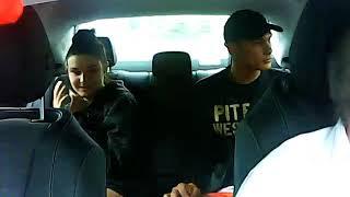 Nagranie z ataku na kierowcę taksówki. Seba i Karyna w akcji – Pruszków