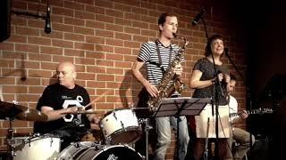 Video Dooušek bez basy: Ticho, Café Práh