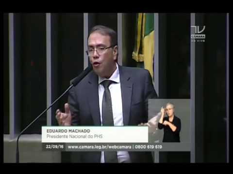 Presidente participa de homenagem à Renovação Carismática