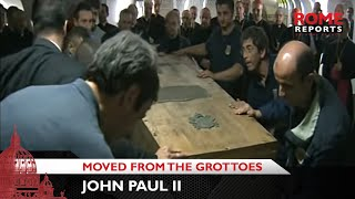 Video First images of John Paul II being moved from the grottoes MP3, 3GP, MP4, WEBM, AVI, FLV Mei 2019