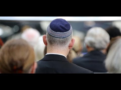 Antisemitismus-Debatte: Merkel verspricht Juden konse ...