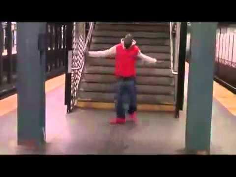 Tinie Tempah Ft MIA - Im Hot (OFFICIAL VIDEO - HQ)