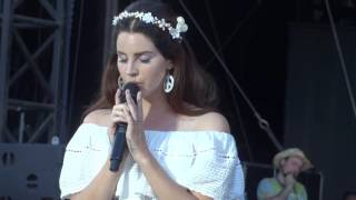 Lana Del Rey - Cruel World @ Vieilles charrues 2016