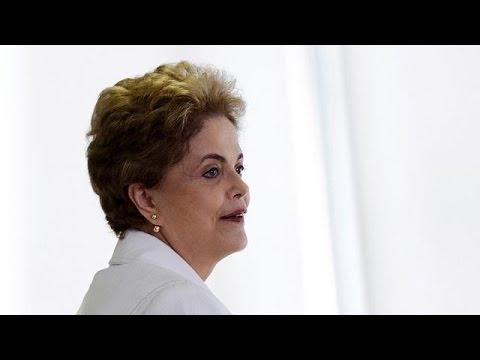 Βραζιλία: Η Βουλή αποφασίζει για το πολιτικό μέλλον της προέδρου Ρούσεφ