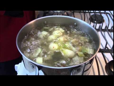 Jewish Food: Jewish Food Recipes: Jewish Cooking: Chicken Matzo Ball Soup Recipe