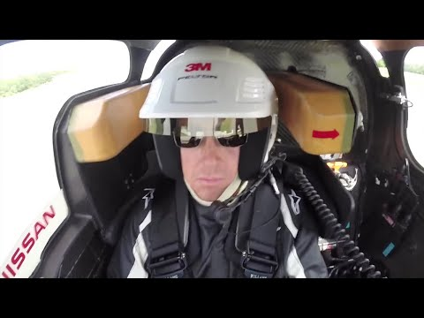 View - Get a driver's seat view as Ollie Marriage from Top Gear takes the 750bhp Nissan Zeod round the Top Gear Test Track. Click here for the interactive Top gear Magazine on iPhone or iPad - http://bit...