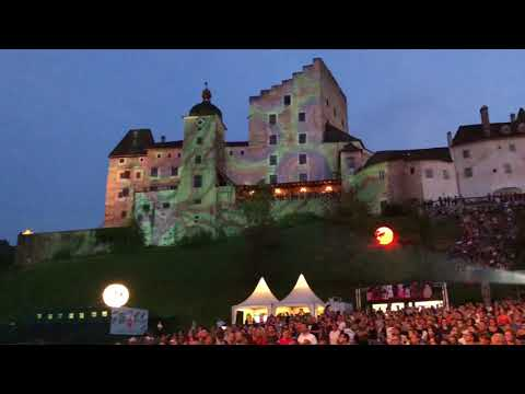 James Blunt The Afterlove Tour 2018 Full Show at Burg Clam in Austria Setlist Heart to Heart I'll Take Everything Wisemen Time of Our Lives Someone Singing ...